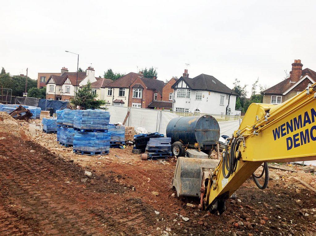 Reclamation of bricks from building demolition - Wenman Demolition